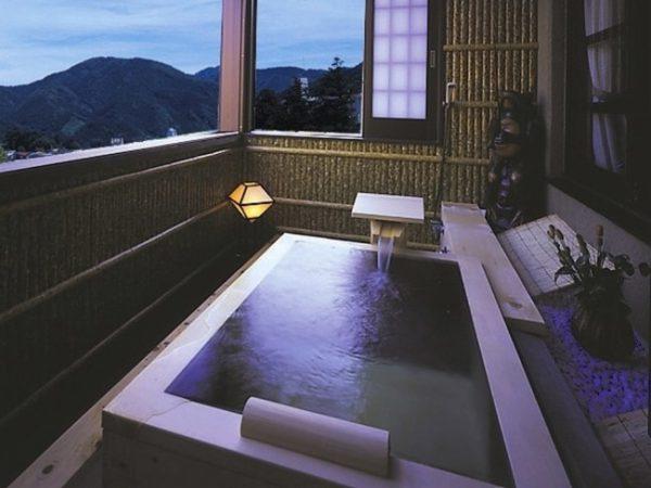 下呂ロイヤルホテル雅亭